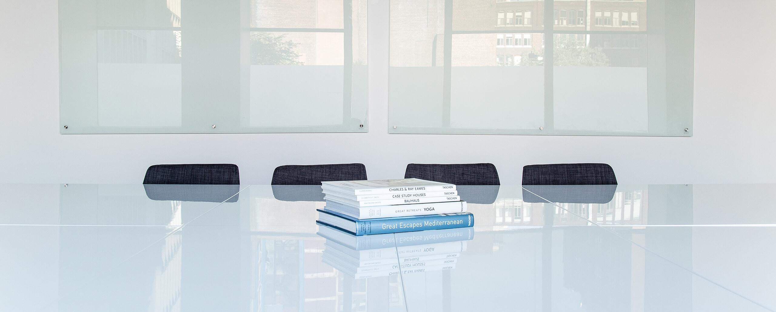 Proyectos de diseño de interiores SUBE en los medios