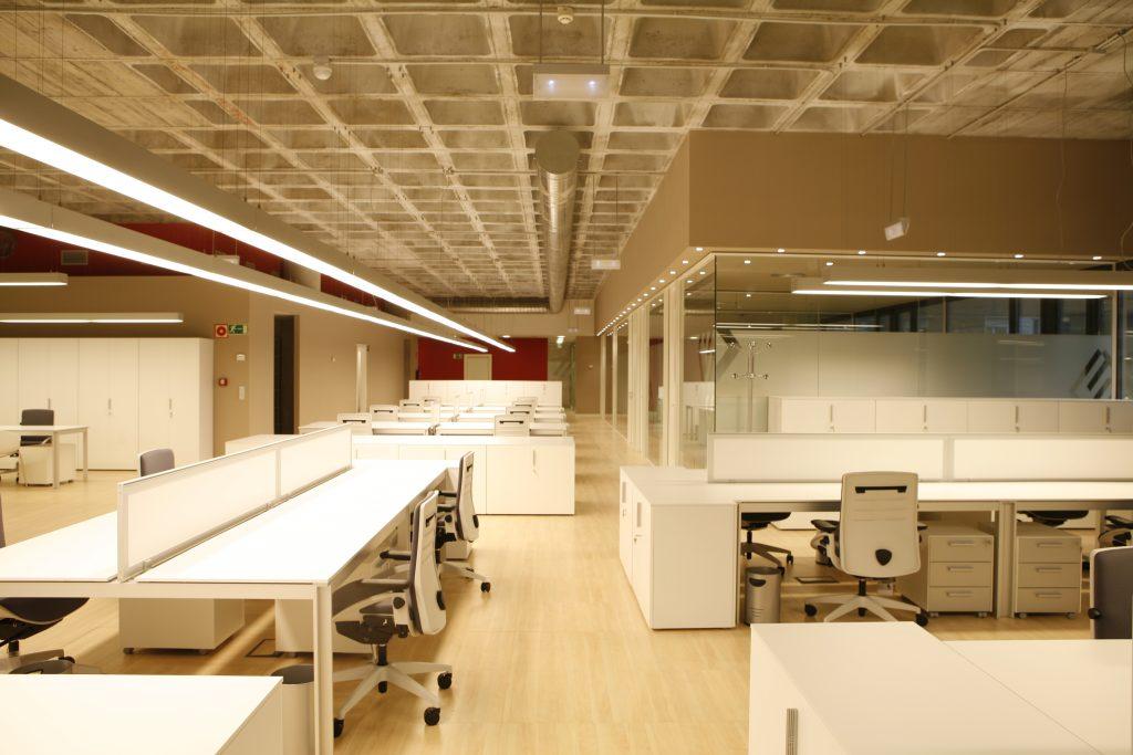 diseño de oficinas en Bilbao constructora Exbasa