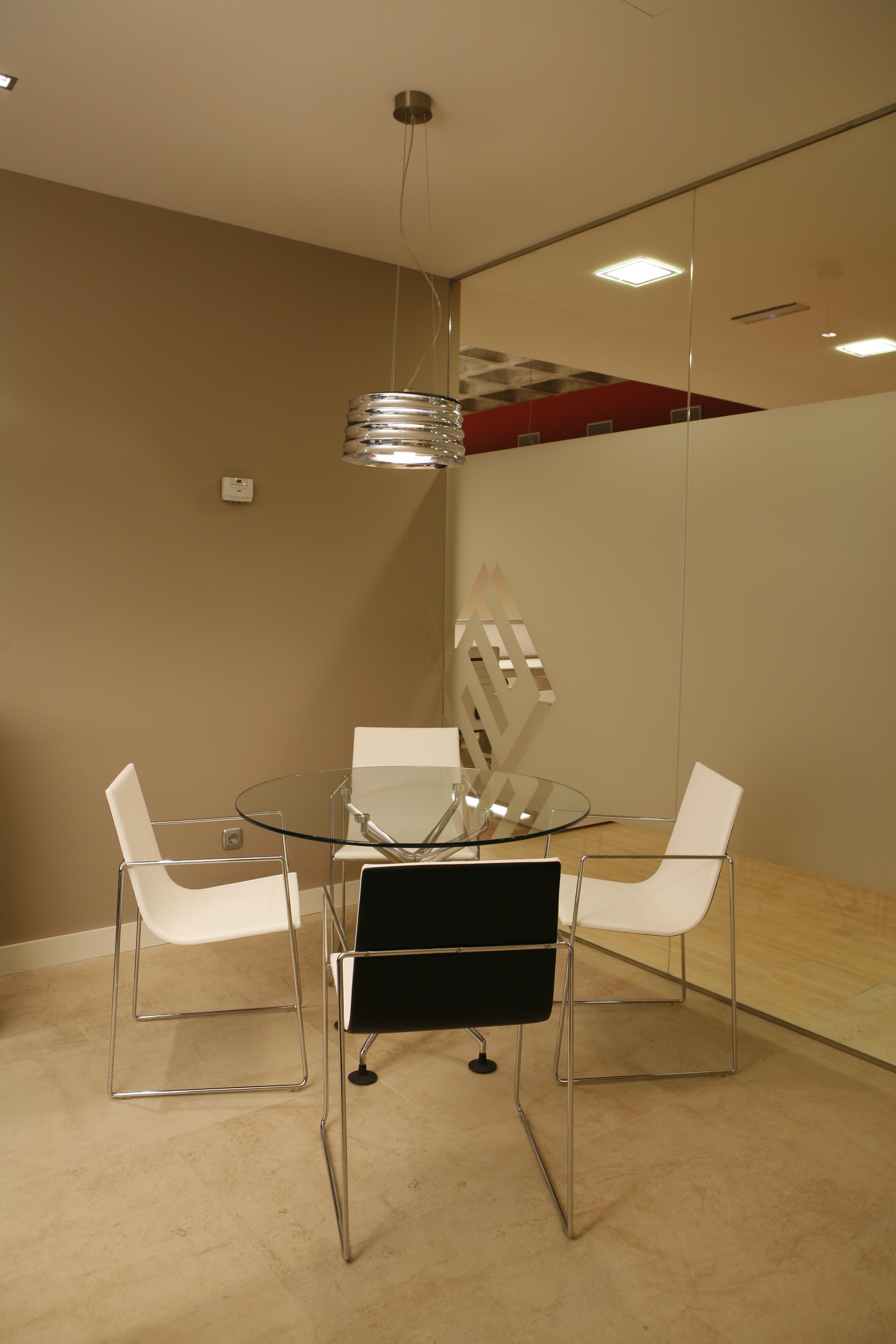 Dise o de oficinas de la constructora exbasa en bilbao for Diseno de interiores en bilbao