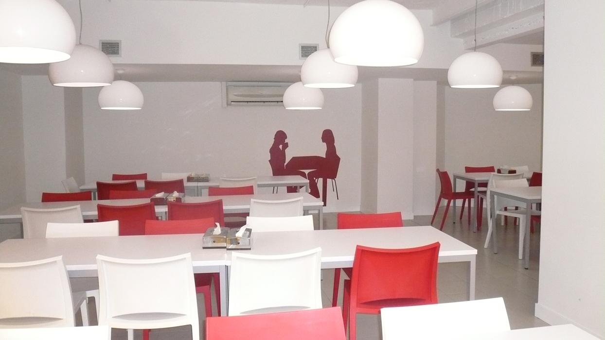 Diseño aulas polivalentes, gimnasio y vestuario \
