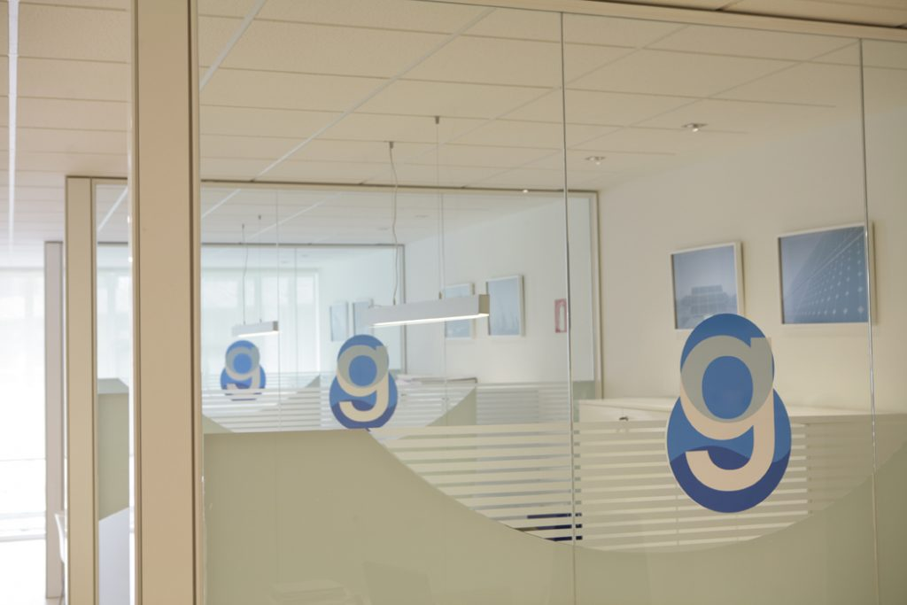 Sube Susaeta Interiorismo www.subeinteriorismo.com realiza la decoracion de oficinas para empresa Bilbao