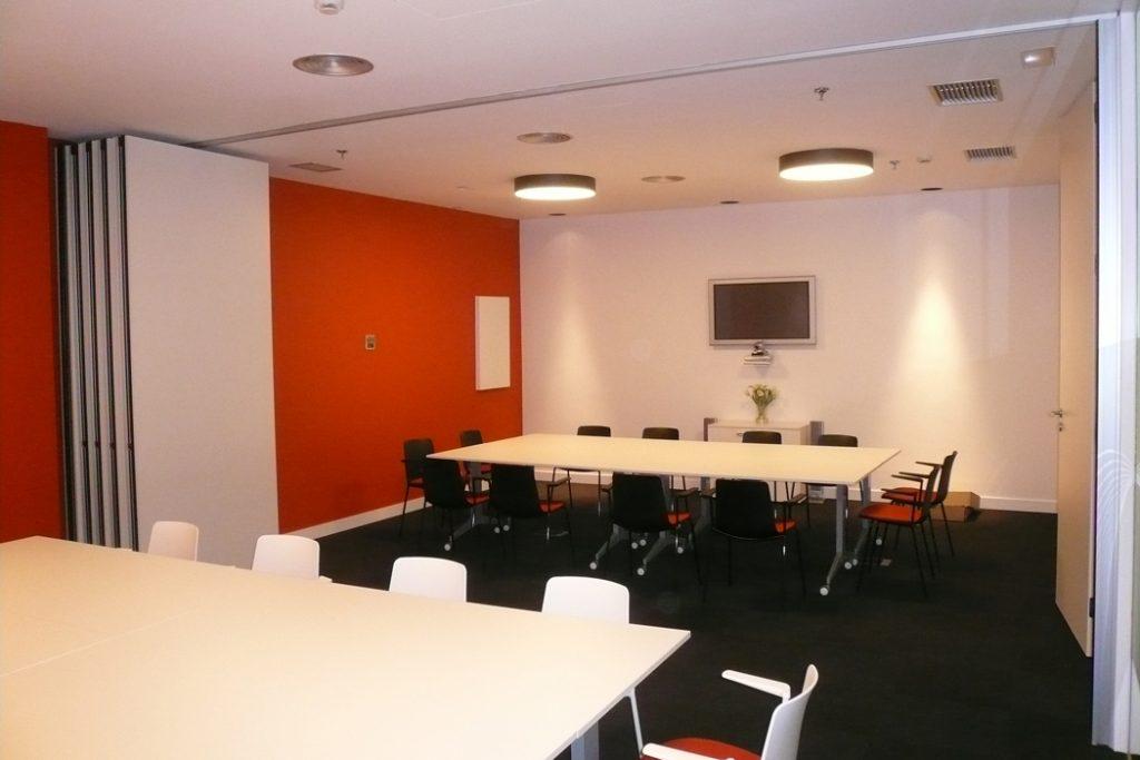 Sube Susaeta Interiorismo www.subeinteriorismo.com realiza la decoracion de oficinas para empresa Tecnalia, Parque Tecnologico Bizkaia