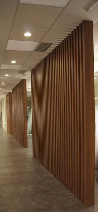 Sube Susaeta Interiorismo www.subeinteriorismo.com realiza la decoracion de oficinas para empresa Mungia, Bizkaia. Interiorismo y decoración sala de reuniones