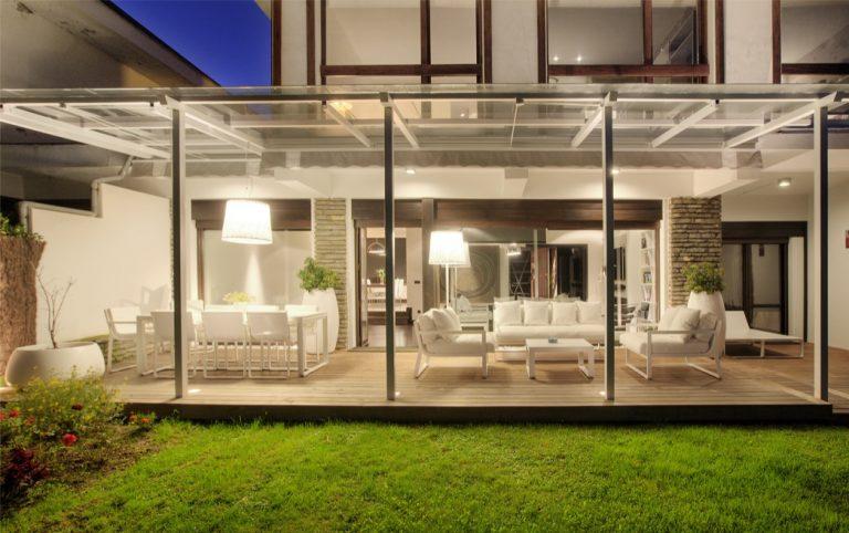 Reformas integrales vivienda adosado con terraza y jardín en Loiu SUBE