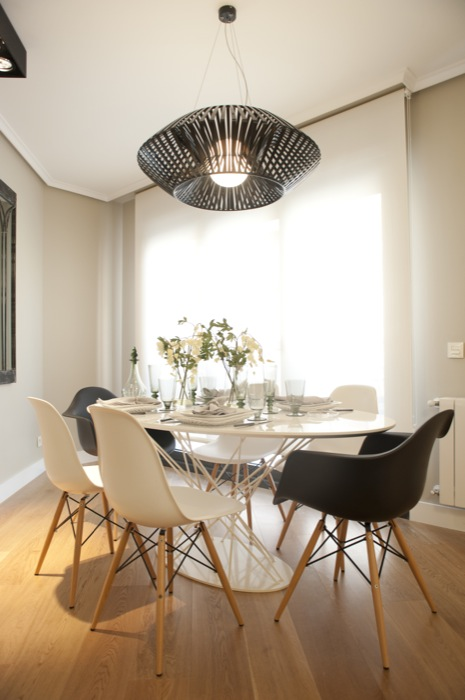 Sube Susaeta Interiorismo www.subeinteriorismo.com realiza la reforma de vivienda en Deusto - Bilbao, diseño interior de salón comedor