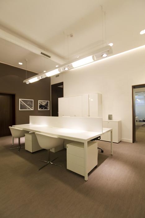 Dise o oficinas en madrid de tramontana sube interiorismo for Disenos de interiores para oficinas