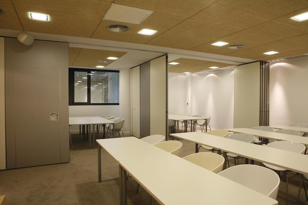 Dise o de interiores decoraci n de oficinas biaste - Oficinas en bilbao ...