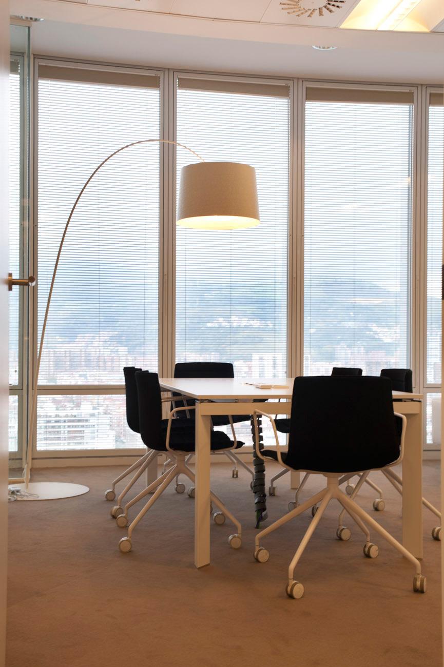 Dise o de oficinas llave en mano empresa familiar en bilbao sube interiorismo - Sube interiorismo ...