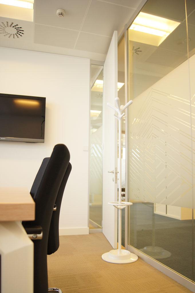 Dise o de oficinas decoraci n y llave en mano para marsh - Sube interiorismo ...