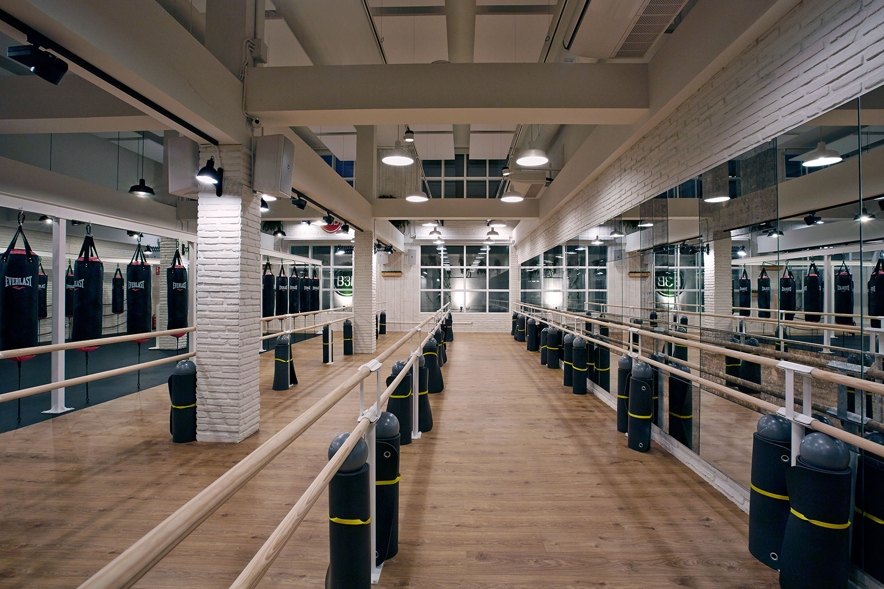 Dise o espacios singulares decoraci n gimnasio en madrid - Diseno interior madrid ...