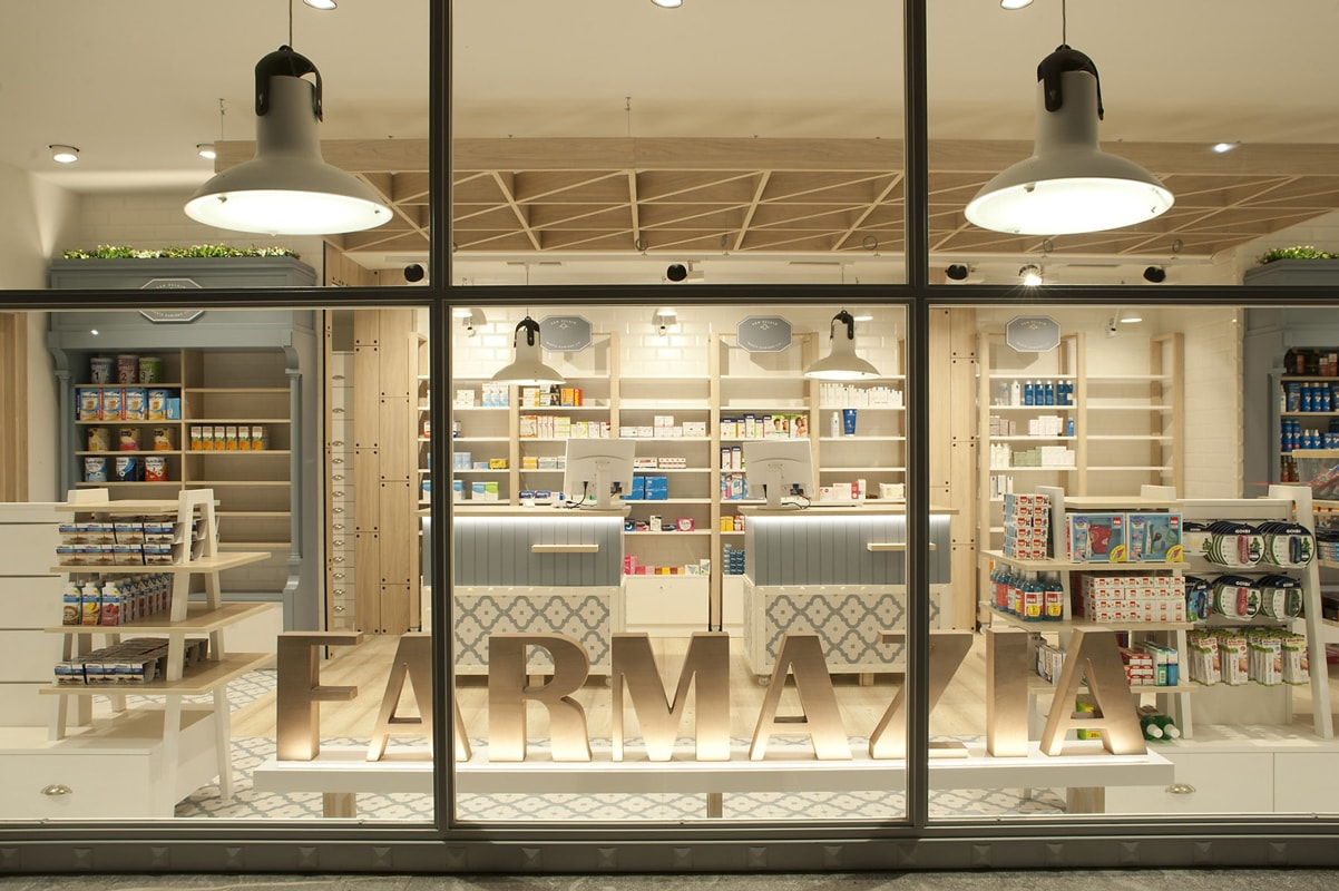 Dise o de farmacia en zarautz sube interiorismo for Decoracion de farmacias