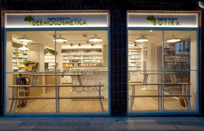 Diseño integral de farmacia homeopatía y dermocosmética Joseba Ruiz Golvano