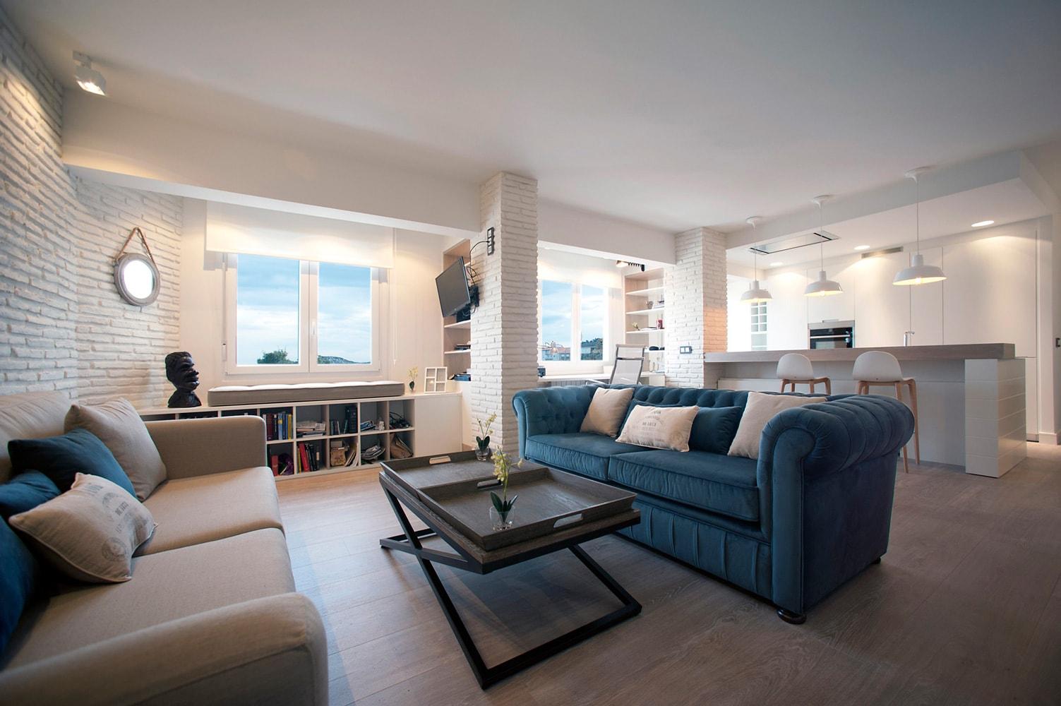 Apartamento lekeitio bizkaia sube interiorismo for Interiorismo salones
