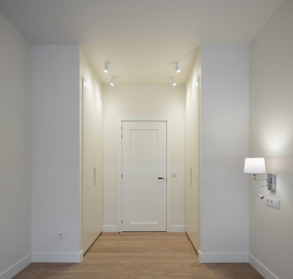 Sube Interiorismo reforma integral de vivienda en Bilbao, dormitorio principal