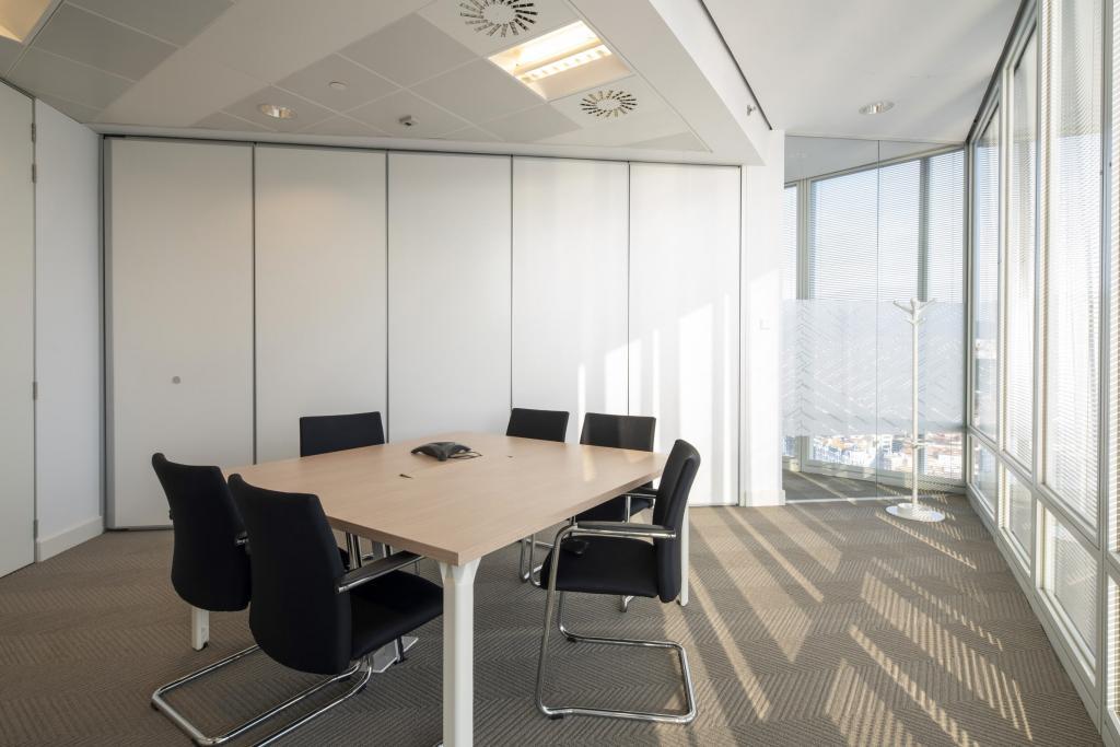 Dise o de oficina en bilbao sube interiorismo - Oficinas en bilbao ...