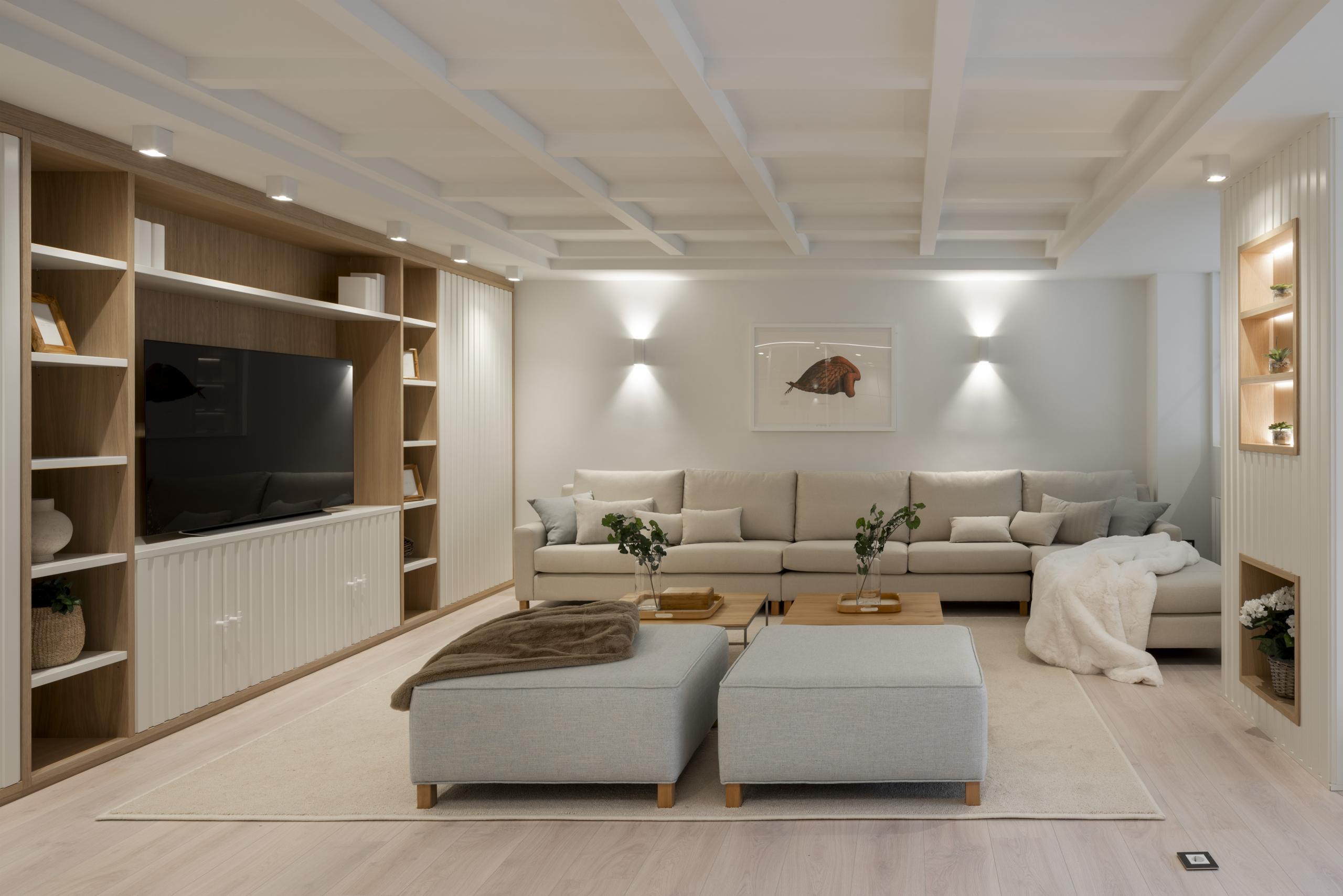 Decoracion de salon en reforma integral de vivienda. Sube Interiorismo, Bilbao